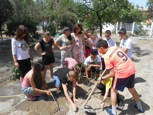10-11 мая в Фергане состоялся тренинг по командообразованию для представителей молодежных клубов со всех НКЦ Республики.